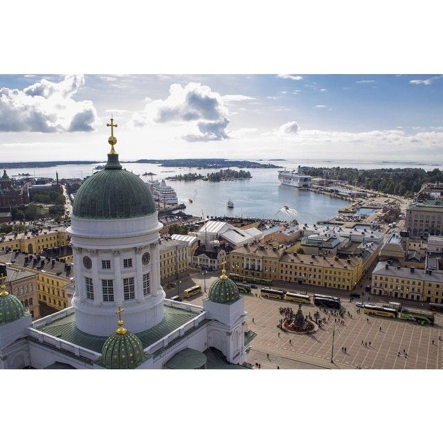 Miltä Helsinki näyttää linnun silmin? HS:ssä alkaa uusi videosarja jossa esitellään pääkaupunkia yläilmoista käsin. #hsfi #hspic #helsinki #hskaupunki