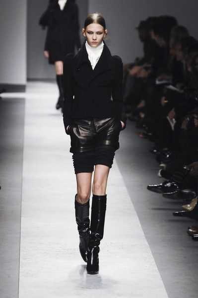 Givenchy at Paris Fashion Week Fall 2008 - Runway Photos