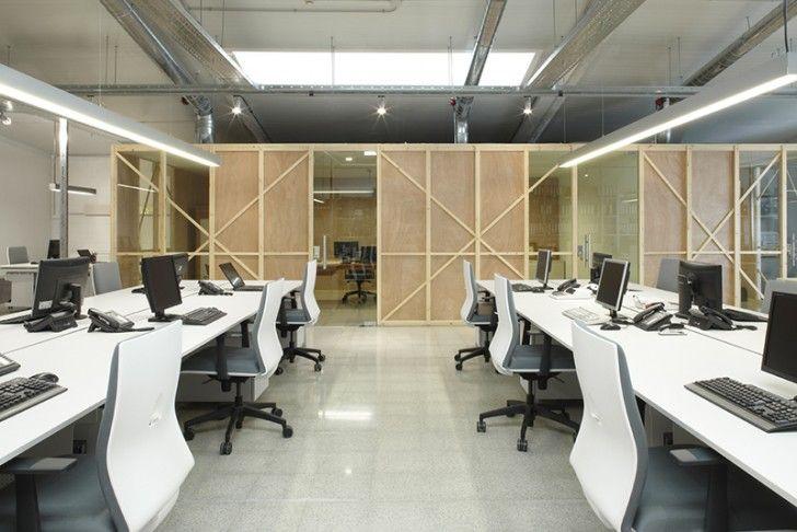 Oficinas en una Antigua Nave industrial Bea Portabella Arquitectura ...