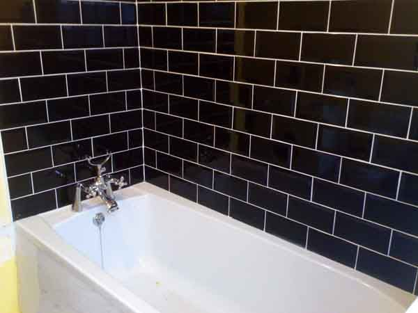 Grout color for black glass subway tiles kitchens forum for Black and white subway tile bathroom ideas
