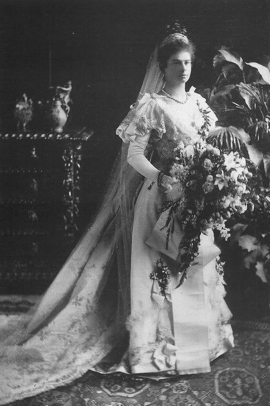 1893 Augusta Bavaria Wedding Dress Photo Mariage Mariage Royal Mariage