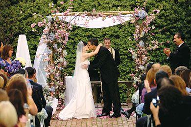 Ideas for Outdoor Summer Wedding Centerpieces | ... Decorations, Wedding Ceremony Decor | Wedding Flowers | Wedding Ideas