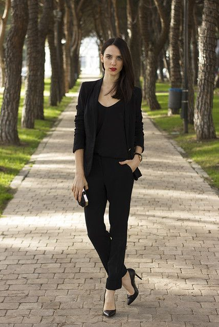27b82b3357c3 17 Hot Total Black Looks For Office | Styleoholic | pretty pics ...