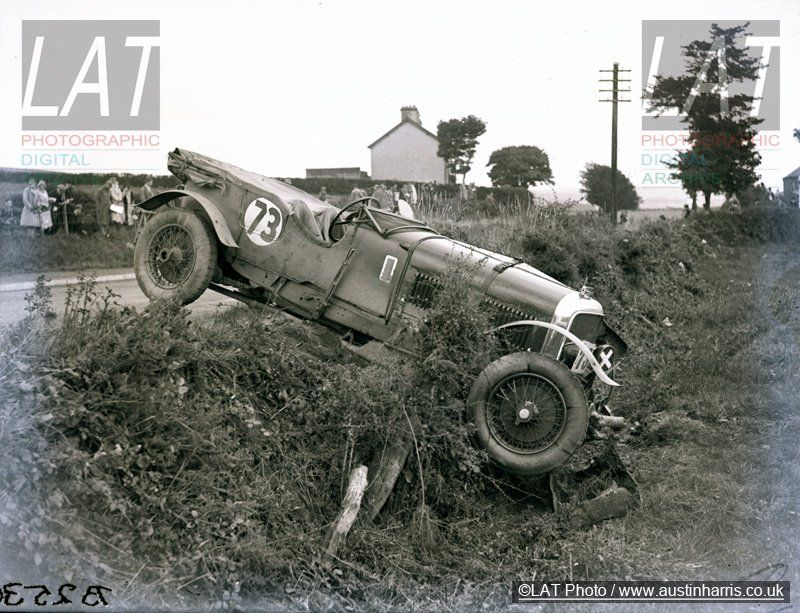 Bentley Old Number One Crash at 1929 Ards TT closeup, Glen Kidston ...