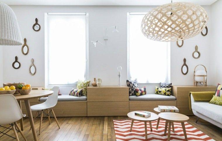 suelo y muebles de madera en el salón comedor moderno