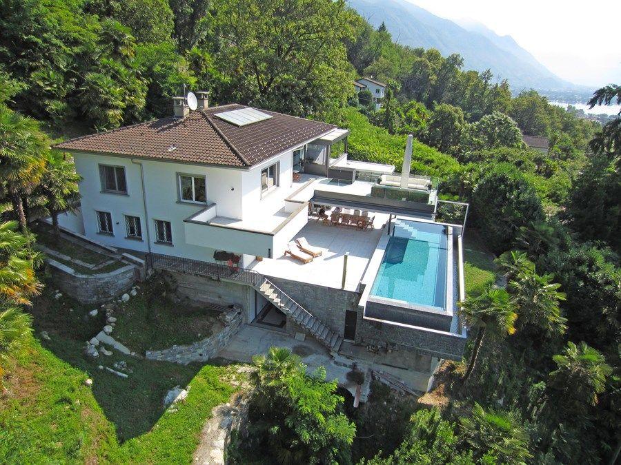 Villa Mit Riesigem Park An Hervorragender Aussichtslage Uber Locarno Orselina Schweiz Immobilien Angebote Villen Wohnung Kaufen