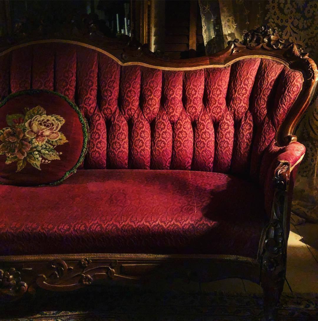 Myfairylily 1860s Sofa Detailsdiary Myfairylily Detailsdiary Detailsdiary In 2020 Sofa Wine Stains Rose Cottage
