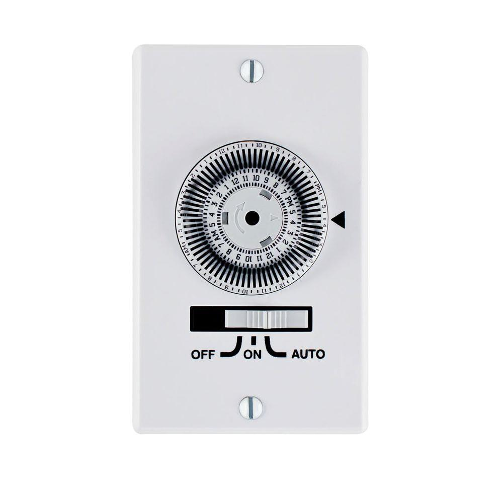 Intermatic 20 Amp 24 Hour Indoor In Wall Heavy Duty Mechanical Timer White Iw700k The Home Depot Timer Light Switch Timer Plates On Wall