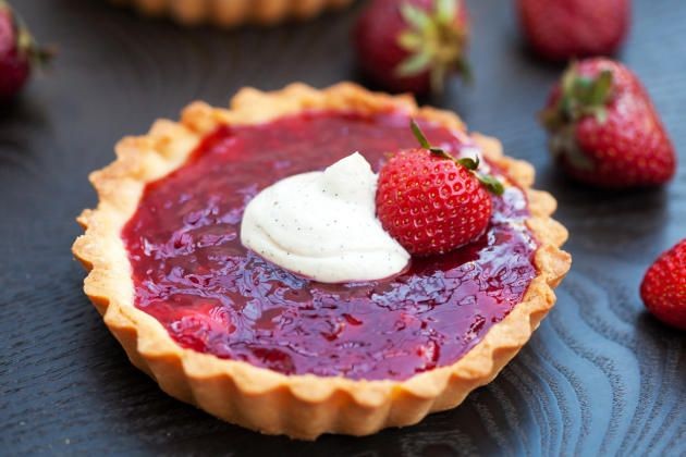 Strawberry Tartlets are a delicious addition to your springtime dessert menu. Adorable.