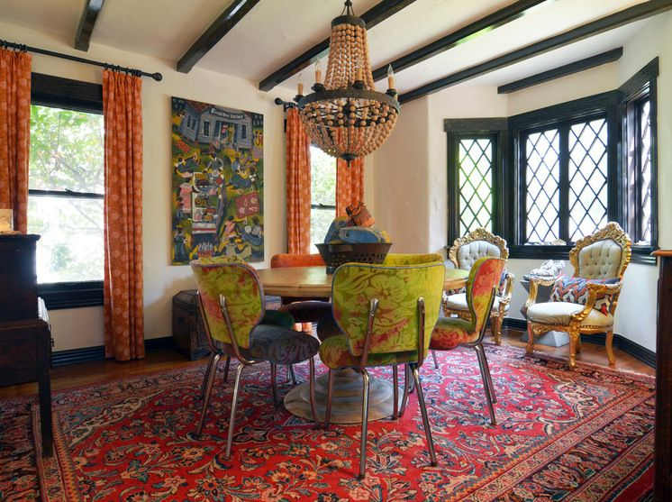 """HOME TOUR - """"A Fort Worth Cottage to Make Your Heart Sing ..."""