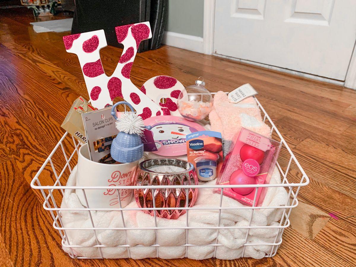 Diy Gift Basket Diy Gift Baskets Themed Gift Baskets Diy Gift