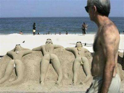 Bilderesultat for sexy sand castle