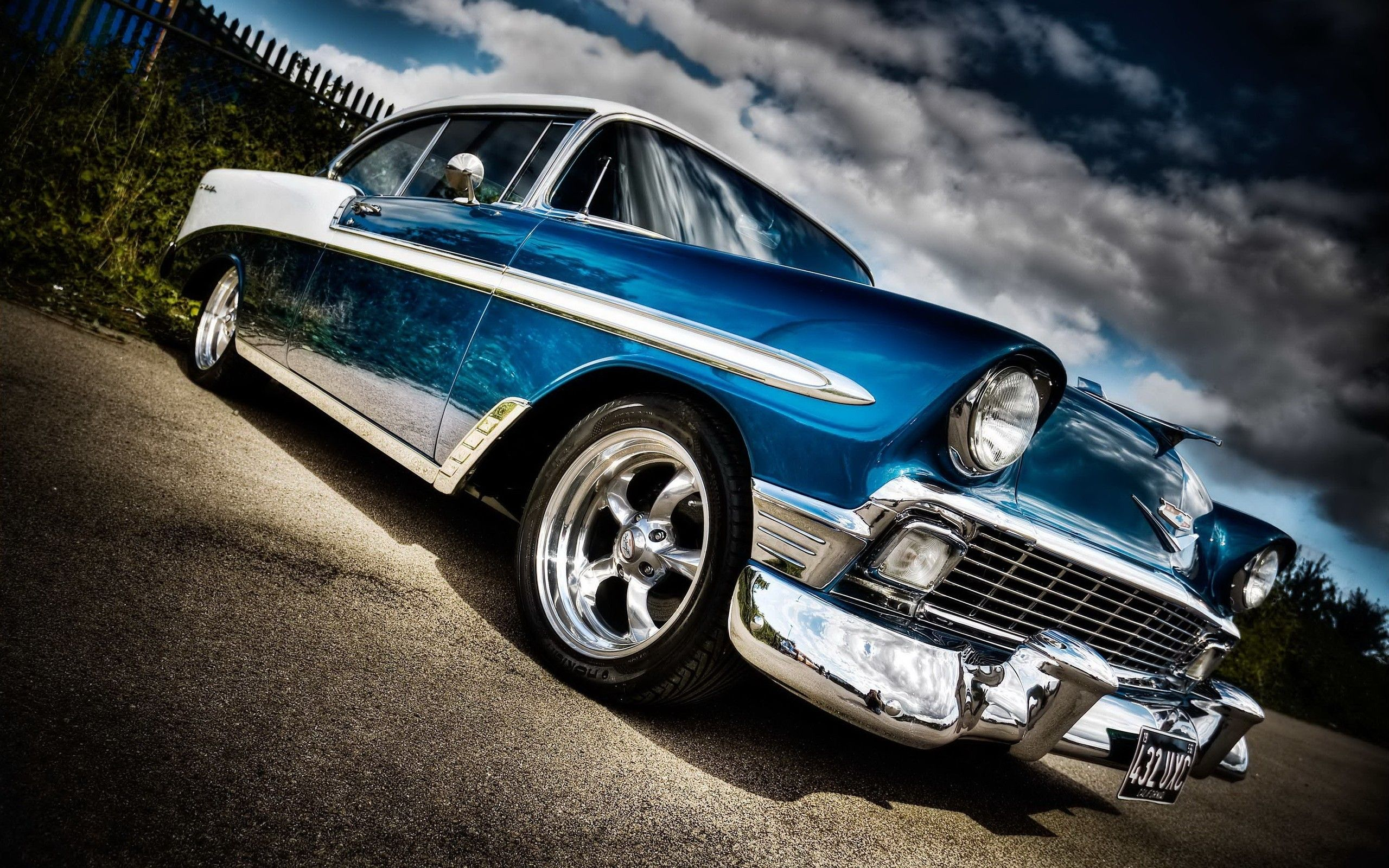 Great Picture Of A Sweet Car With Images Old Classic Cars Car