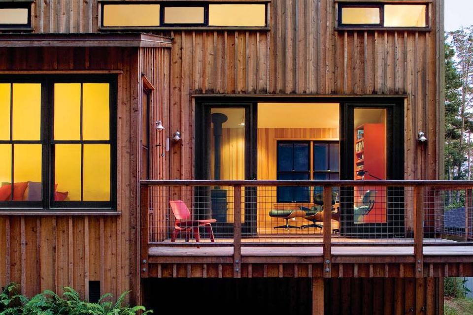 SMALL-HOUSE SECRETS