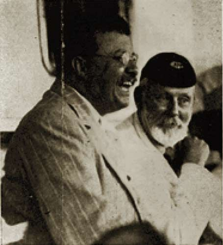 Frederick Courteney Selous with Theodore Roosevelt in Africa.