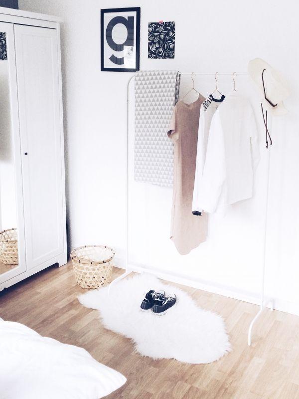 Binnenkijken in interieur. Slaapkamer in Scandinavische stijl ...
