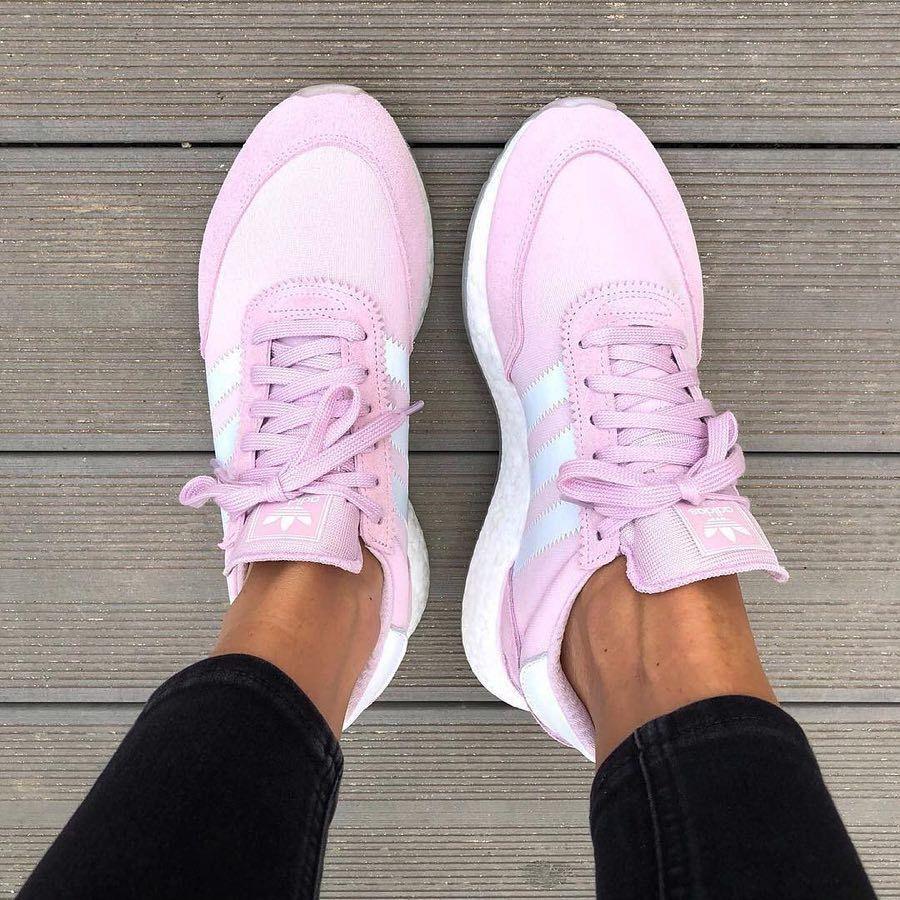 new arrival 82cdc a9f25 adidas I-5923 Aero Pink – mega schöner Sneaker für Frauen! Das Pink passt  super zu Sommeroutfits.