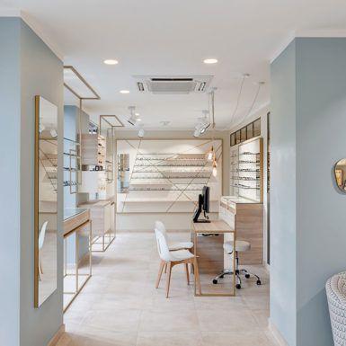 L Atelier Optique Creation D Un Magasin Design A L Atmosphere Scandinave Vaires Sur Marne Pisi Design Studio Design Studio Design Optique