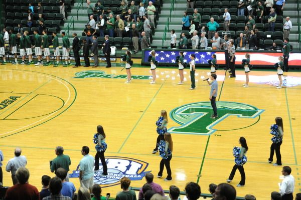 Devlin Fieldhouse Is Home To The Women S Volleyball Women S Basketball And Men S Basketball Teams Tulane Basketball Teams College Team