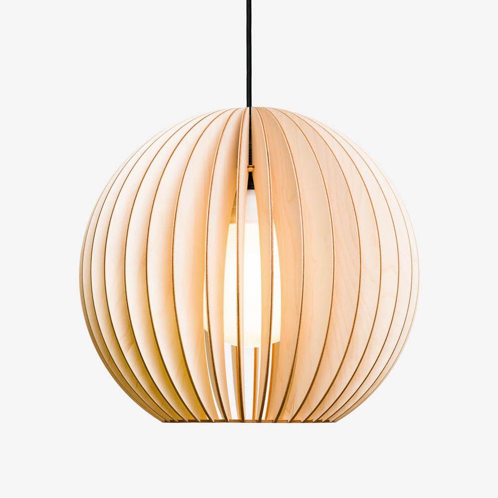 """AION Lampe aus Holz  IUMI Lampen werden sorgsam verarbeitet und die farbigen von Hand lasiert. Der Versand innerhalb Deutschlands ist kostenfrei. Ein Leuchtmittel wird nicht mitgeliefert. Für AION empfehlen wir die Verwendung von Leuchtmitteln in GLOBE Bauform. Dann ergibt sich als Motiv """"Kugel in Kugel"""". Konventionelle Glühbirnen bis max. 60W.  Buchen Sie unseren Steckservice und"""