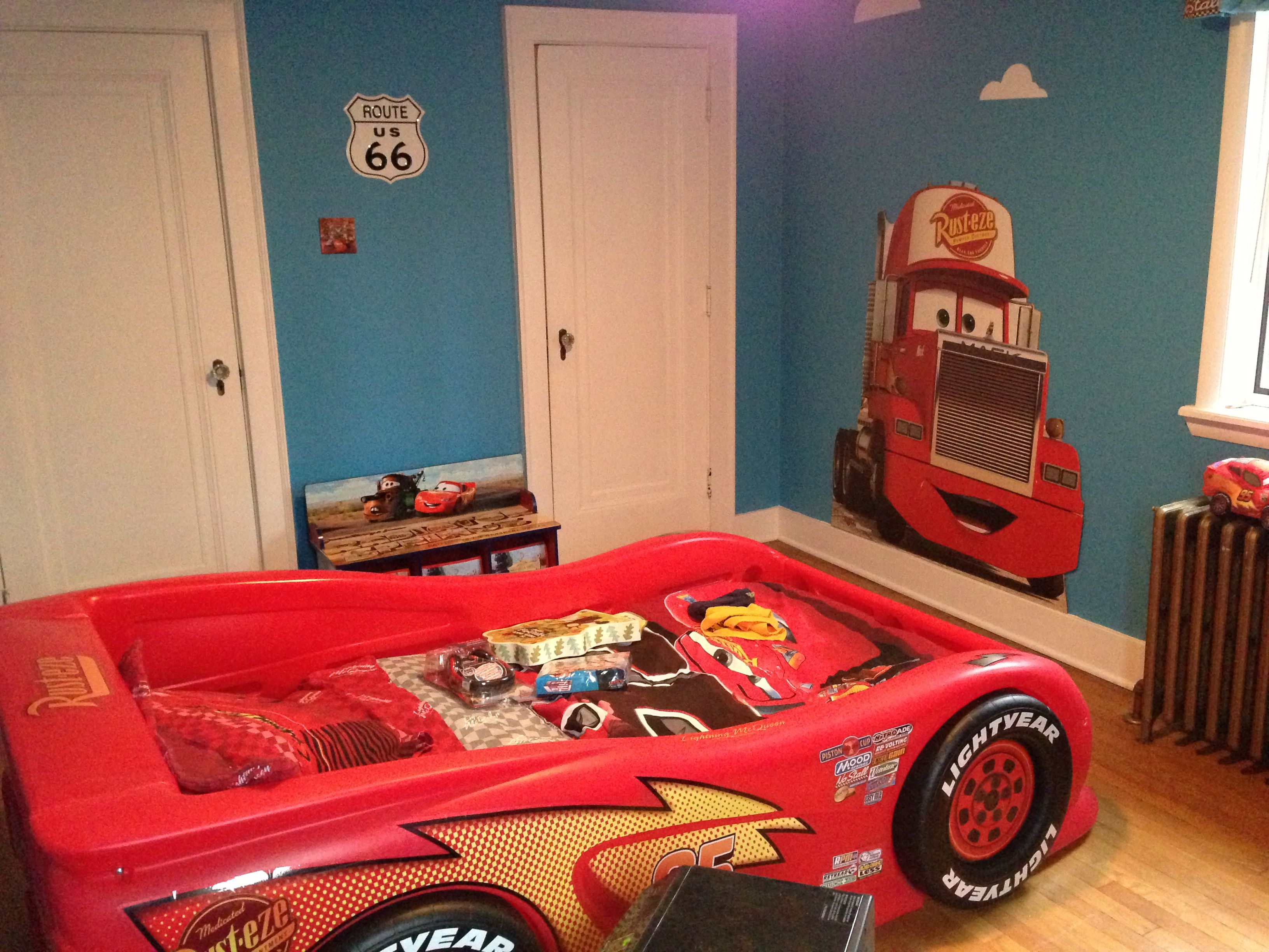 Disney Cars Bedroom Decor Decorating Ideas Car Pictures Boys Boys Bedroom  Cars, Car Themed Bedrooms