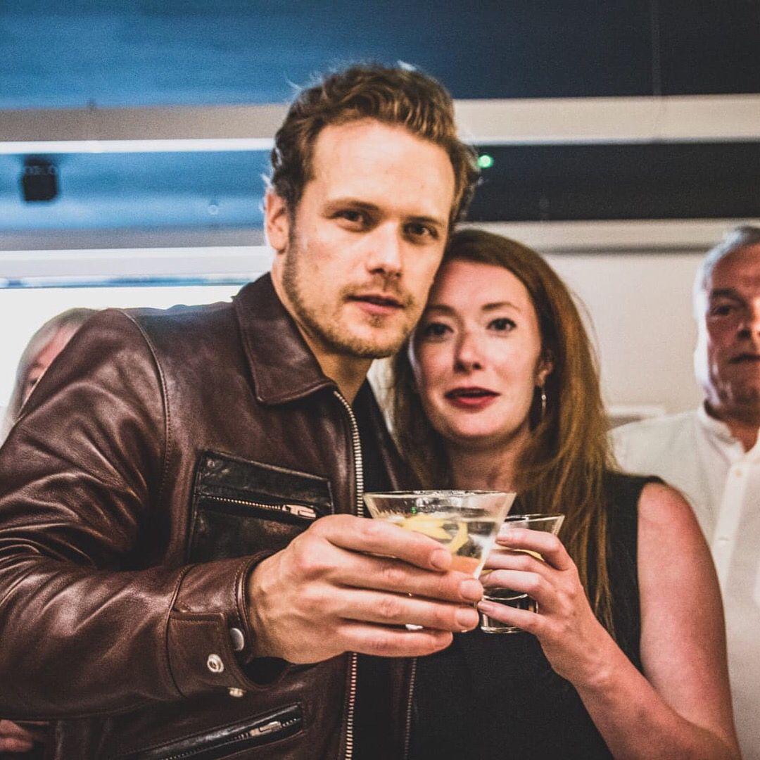 New/old pic of Sam & Marina at the Outlander S4 Wrap Party Credit to