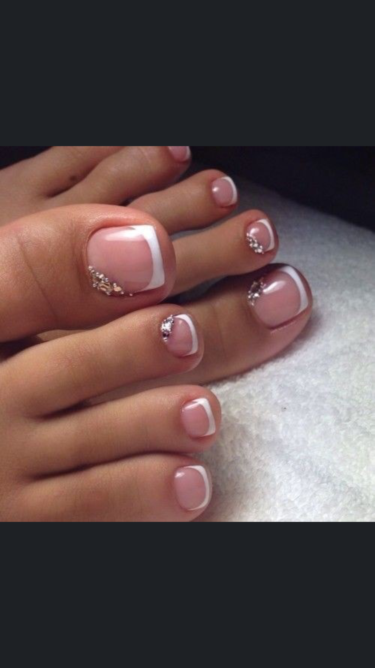 Make an original manicure for Valentines Day in 2020