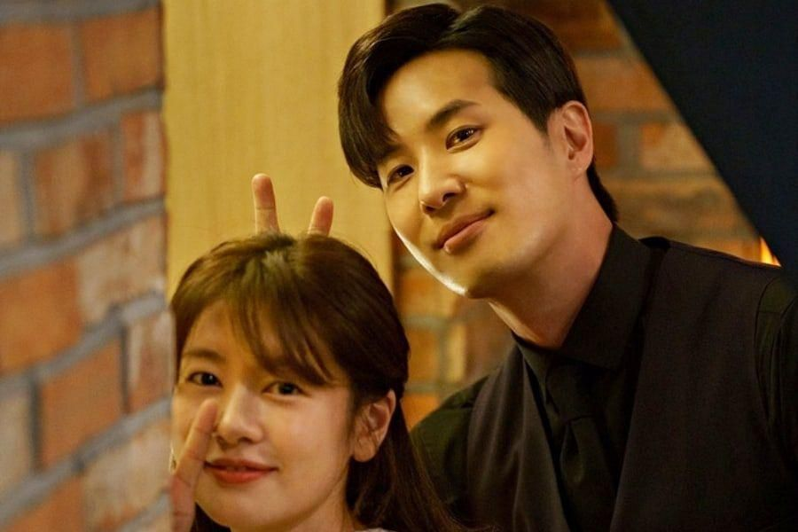 """Jung So Min And Kim Ji Suk Talk About Reuniting After 8 Years For Upcoming Drama """"Monthly Magazine Home"""""""