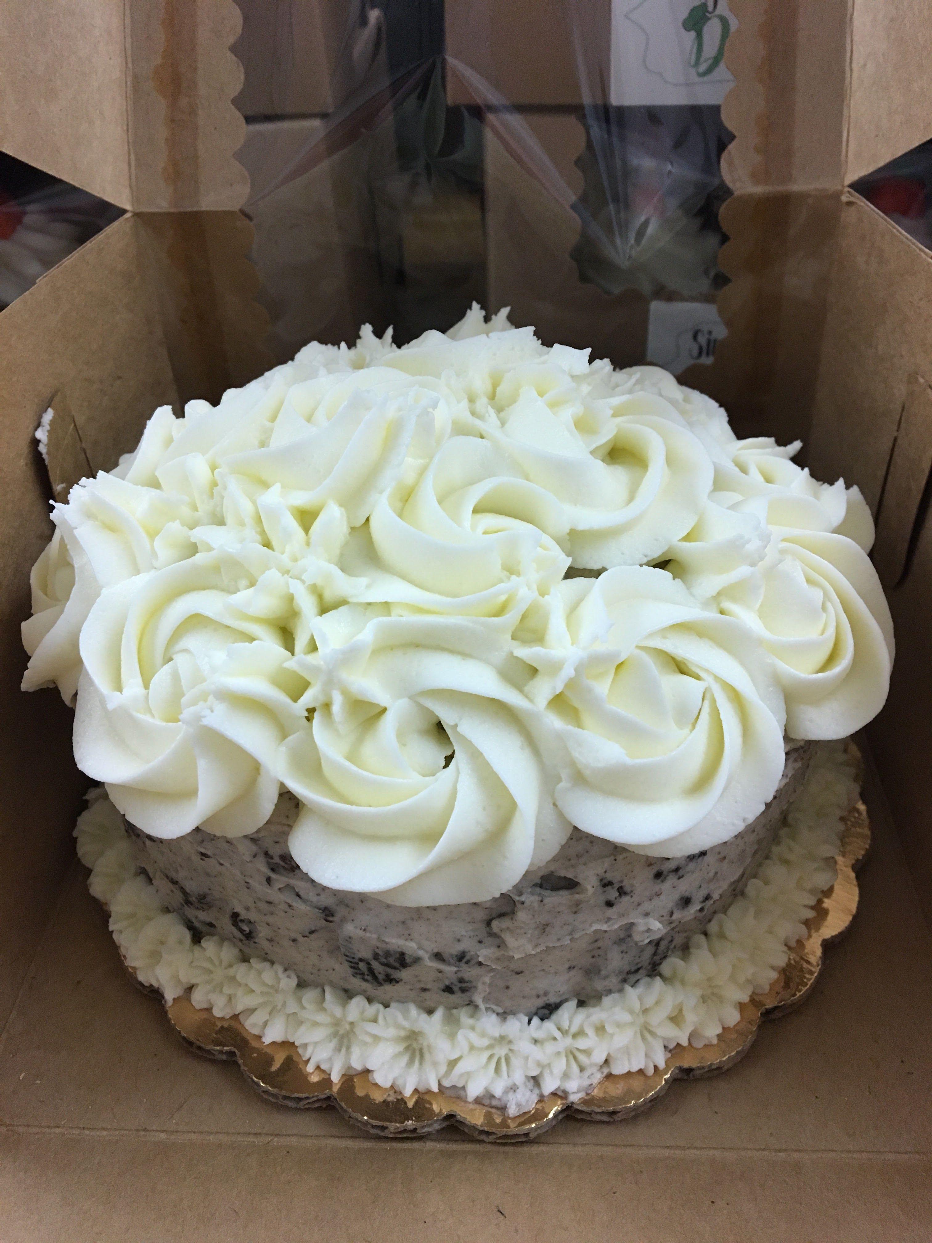 Oreo Rosetta Cake
