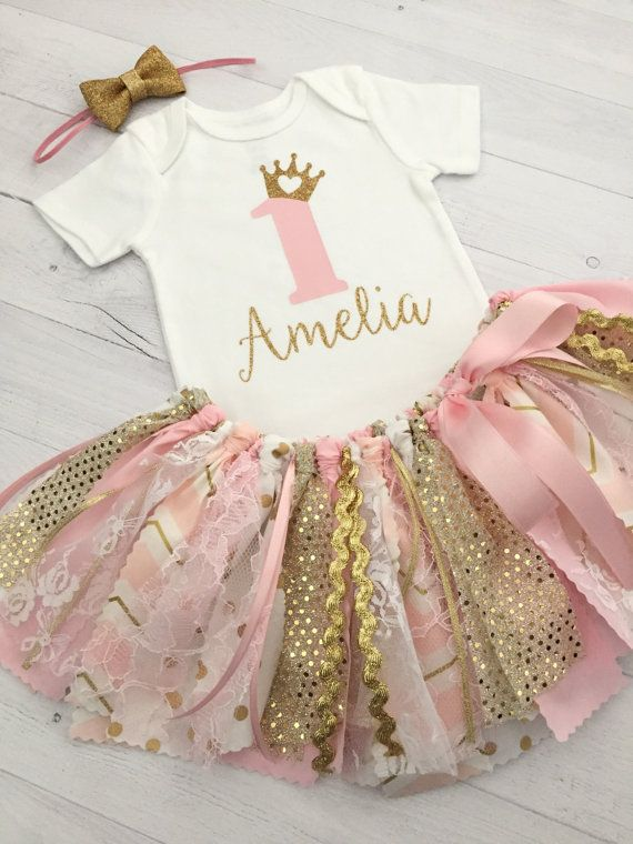 Pink and Gold Princess Theme Birthday Outfit with Gold Bow Headband, Baby Birl Princess Shirt and Pink and Gold Tutu/Pink and Gold Birthday #birthdayoutfit