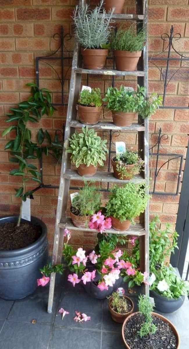 Creative DIY Small Apartment Balcony Garden Ideas 16 ...