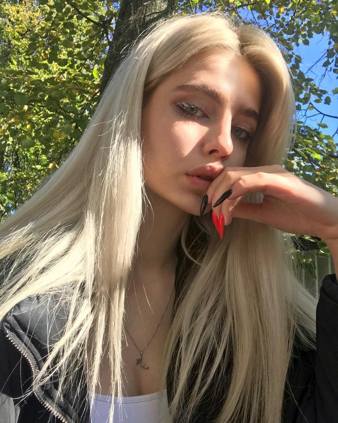 Pin By Gianna Sube On Vsco Pretty Blonde Girls Hair Life Blonde Girl