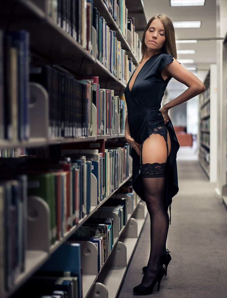 sexy naked librarian women