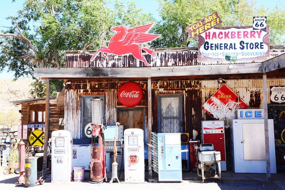 Hackberry General Store - The Tourist Of Life