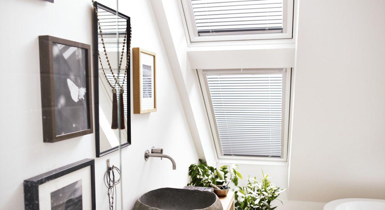 Badkamer Met Strandgevoel : De badkamer inspiratie en tips van velux voor uw badkamer