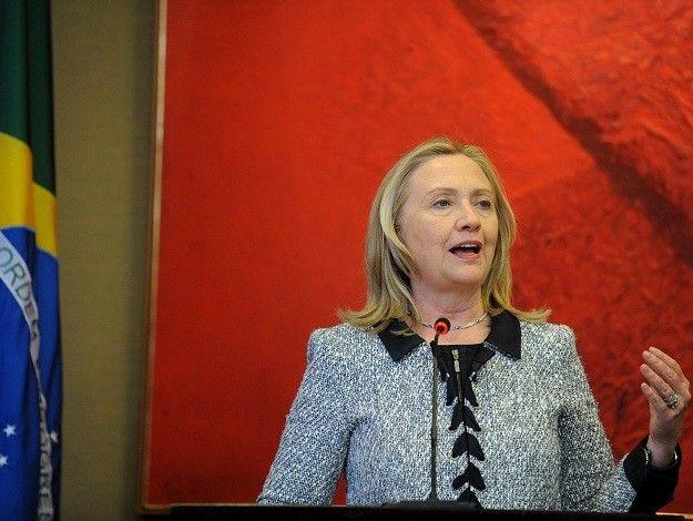 """""""Chevron tem dificuldades em exploração de águas profundas, mas temos de vencê-las"""" diz Hillary"""