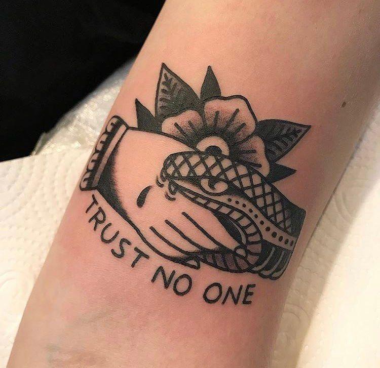 """Black Ball Tattoo on Instagram: """"Tatuagem feita pelo @jotapetattoo atendendo aqui no Black Ball Tattoo. Contato e agendamentos via 📱011-958976964 ☎011- 25488808 📧…"""""""