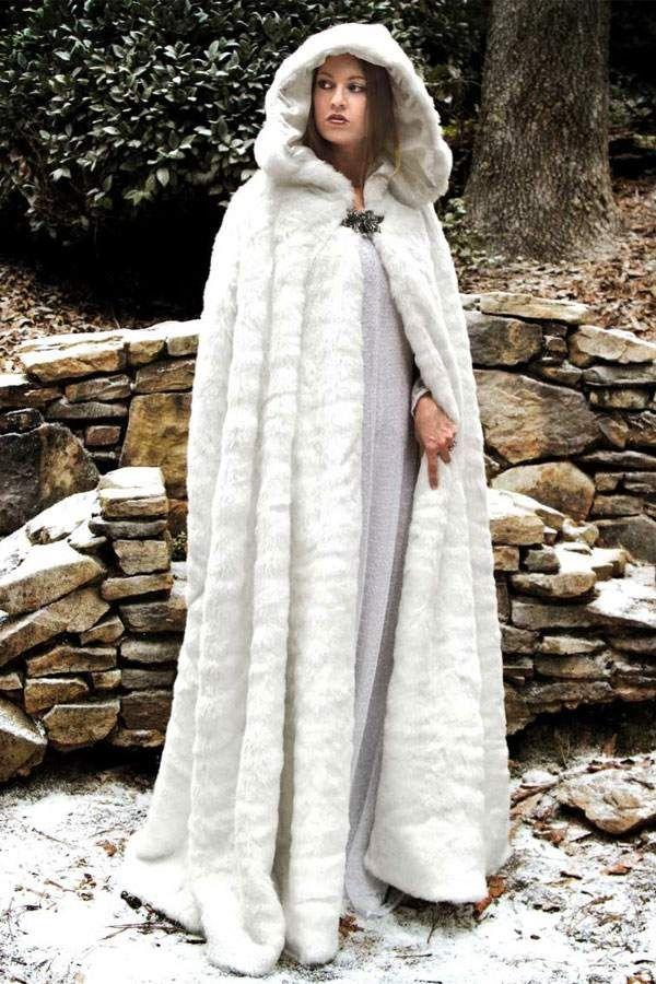 80cd1be7 Snow Queens Winter Cloak | leather clothes | Fur cape, Winter cloak ...