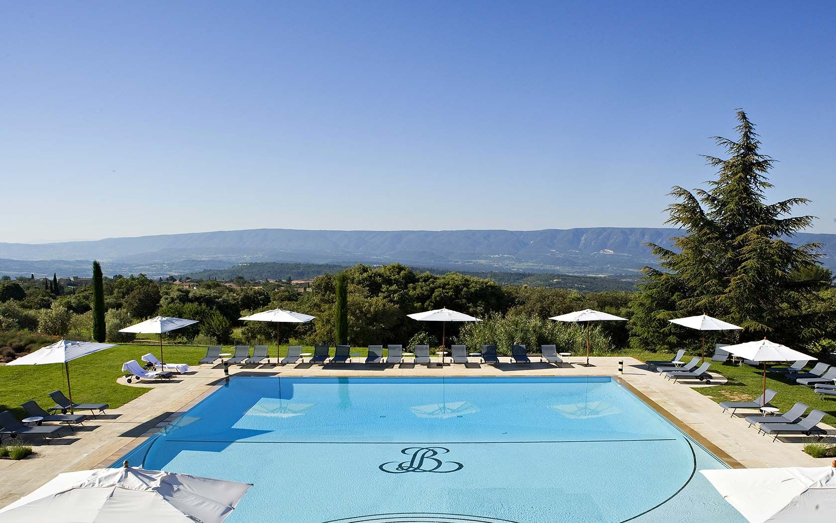 Luxury hotels gordes provence for Hotel luxe france