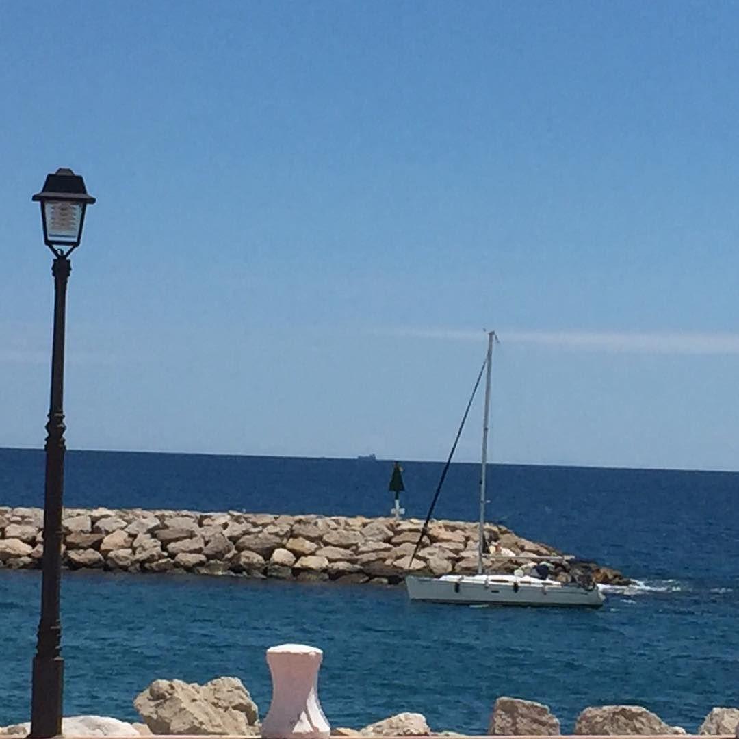 Tarragona #tarragona #costadorada #beach #blue #platja #ok #port #igerstgn #tourism #relax #harbor #anonymous #instagram #instacool #mediterranean #explore #clouds #sea #watch #boats #sailing #gaudeix_cat #sky #skyporn #sky #clouds #cloudporn #babor #estribor #wind #sailboat #beach_real_estate_altafulla by beach_real_estate_altafulla