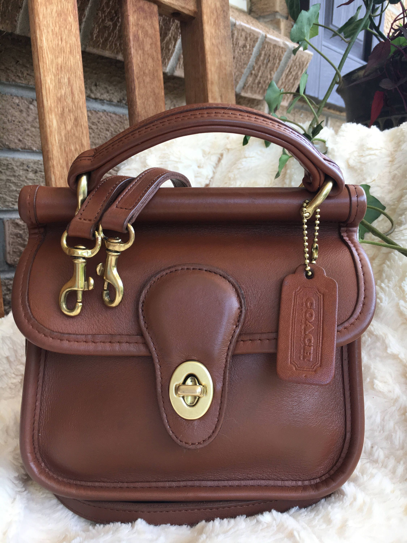 f5ff3e2086 Coach Bag   Vintage Coach Mini Winnie Station Bag   Crossbody   Handle Bag    Brititish