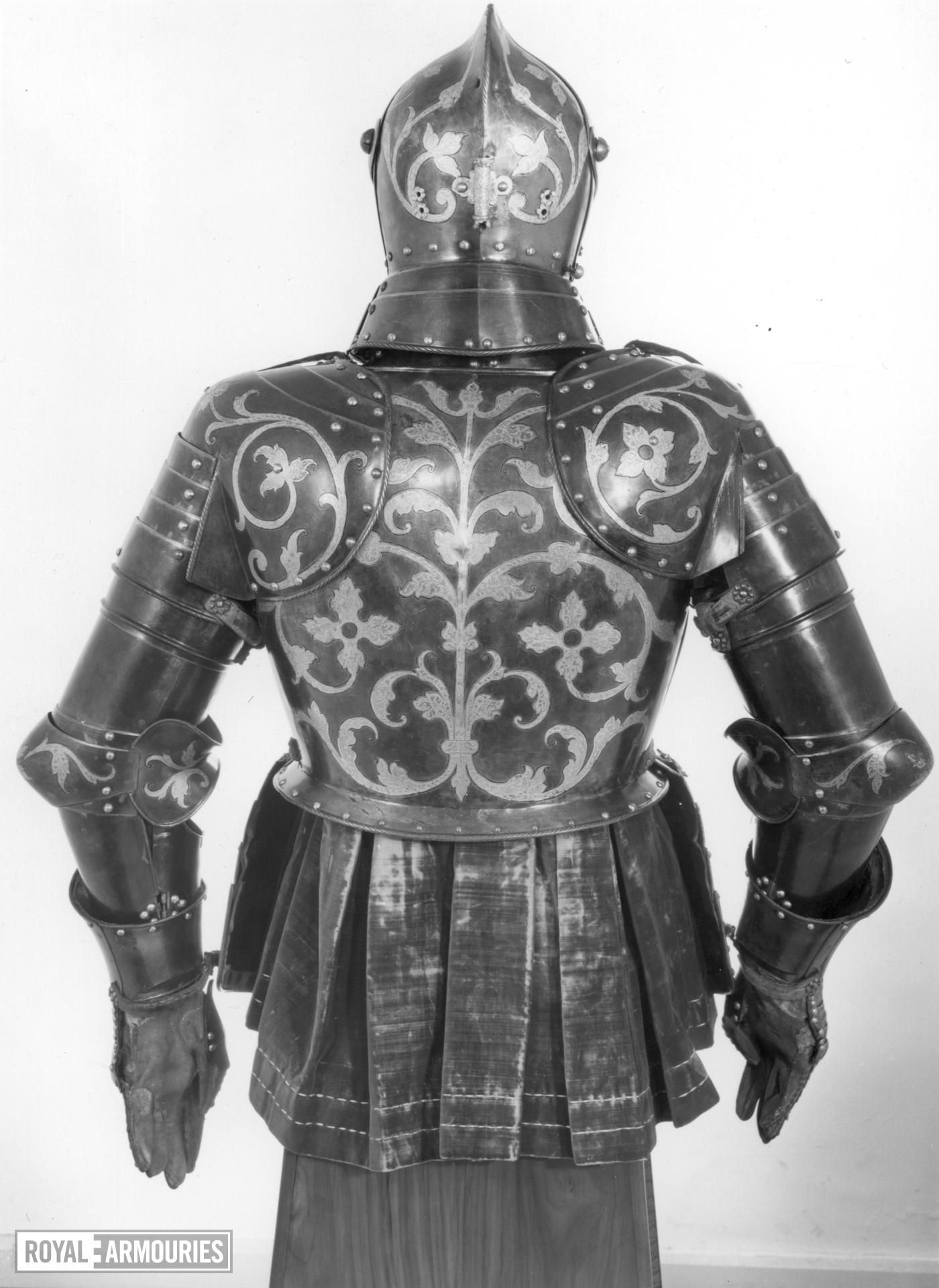 16th century english weapons essay Free armor papers, essays, and research papers  16th century english  weapons during the 16th century england and much of europe found itself in  turmoil.