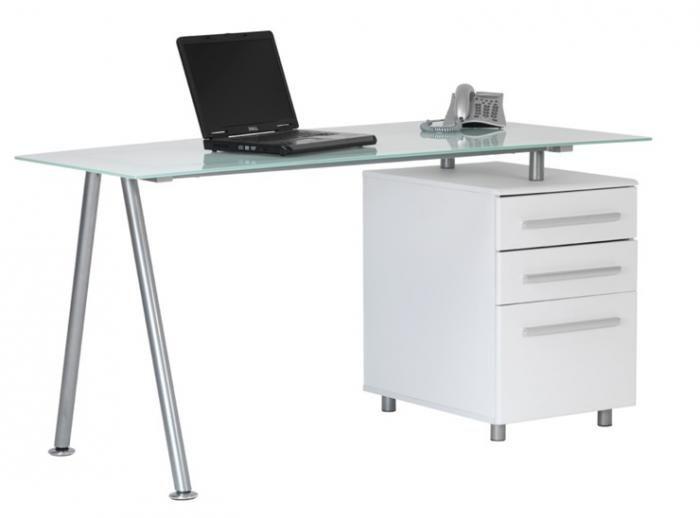 A Gl Desk And Pedestal For Under 200 Vat