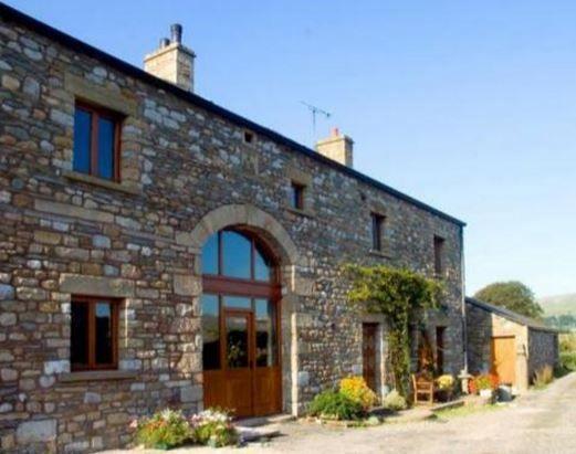 warth barn ingleton carnforth north yorkshire sleeps 1 10 self rh pinterest co uk