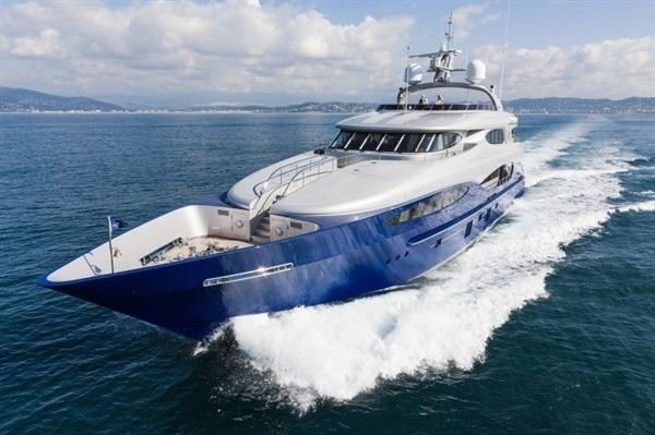 Nautical Palace: Vicem 46M
