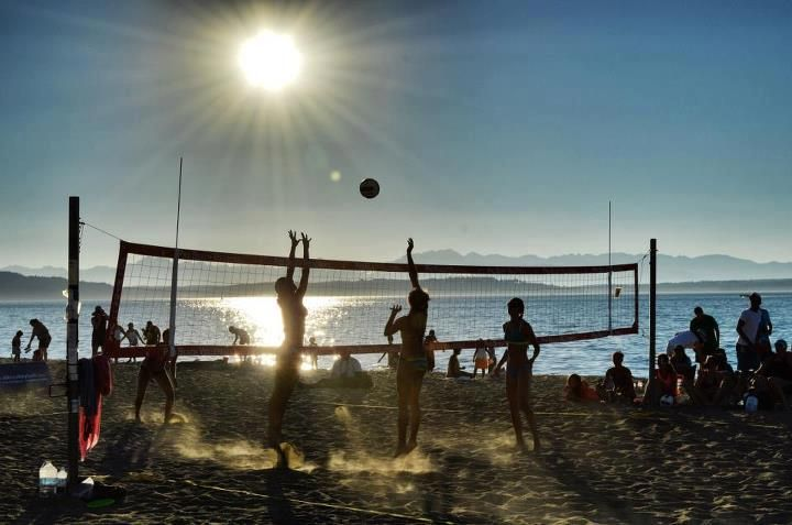 Alki Beach Volleyball