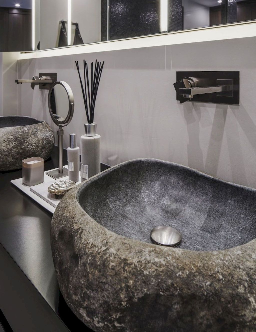 Cool 44 Awesome Natural Stone Bathrooms Ideas Source Link Https Moodecor Co 8298 44 Awesome Natural Stone B Natural Stone Bathroom Stone Sink Stone Bathroom