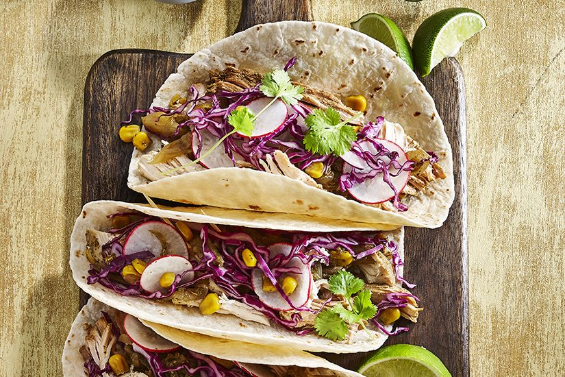 Spicy Chicken Tacos With Lime In 2019 Chicken Tacos Tacos Ethnic Recipes