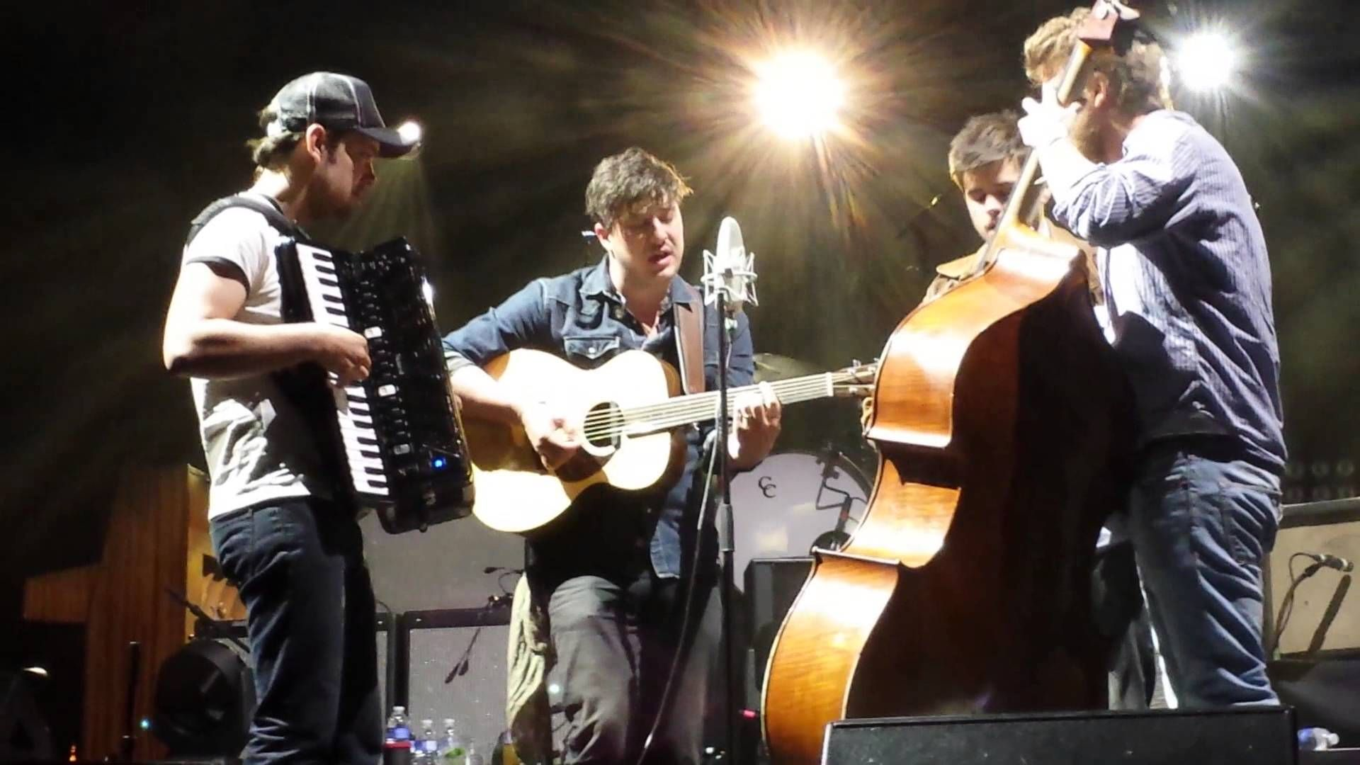 Mumford And Sons Live In Taos I M On Fire Mumford And Sons Mumford Sons Mumford