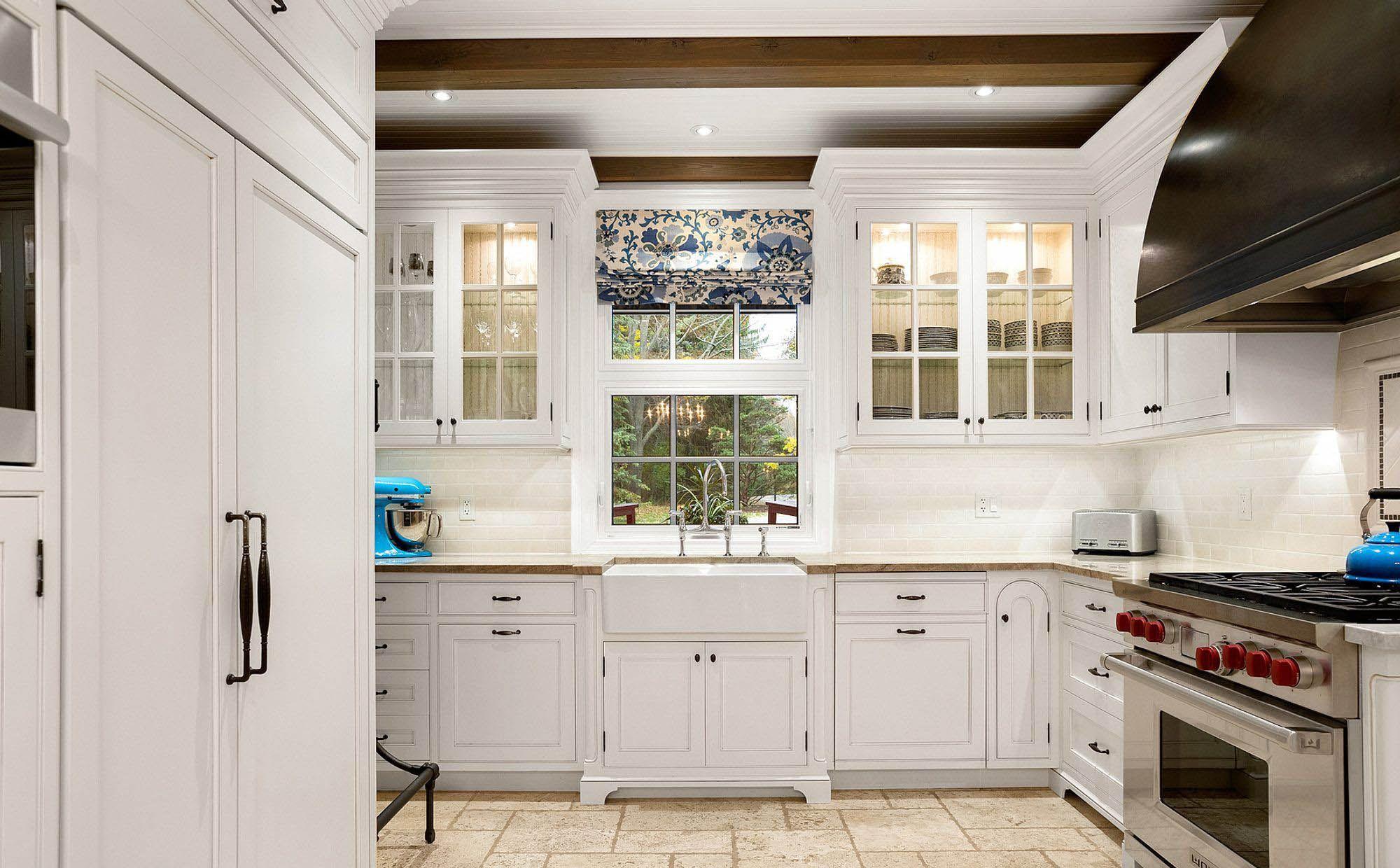 Farmhouse Kitchen Sink Ideas Designs Pictures Paint Kitchen Cabinets Like A Pro Kitchen Cabinets Painting Kitchen Cabinets
